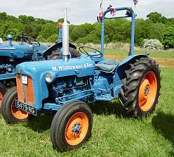 9 Best Tips For Keeping Your Old Tractor Going Strong